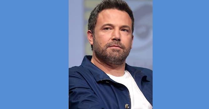 Кино Вопрос: Как зовут американского актёра кино и телевидения Аффлека, изображенного на фотографии?