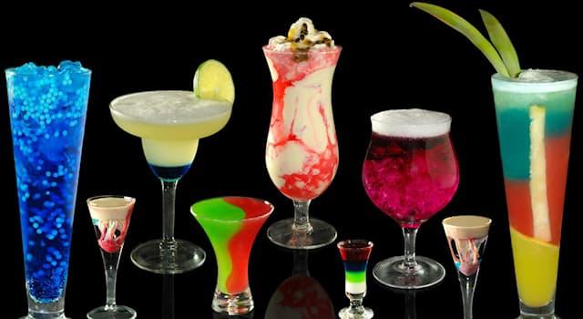 """Общество Вопрос: Какой алкогольный напиток входит в основу коктейля """"Маргарита""""?"""