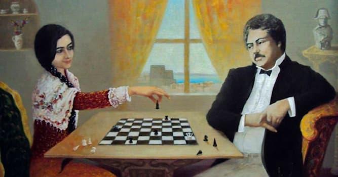 Культура Вопрос: Какой азербайджанской поэтессе Александр Дюма подарил шахматы с изящнами фигурами?