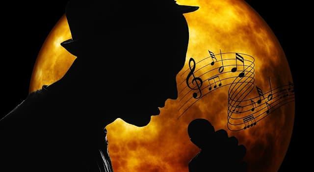 Культура Вопрос: Какой певец из перечисленных славился романтическим стилем исполнения песен и «бархатным» тембром голоса?