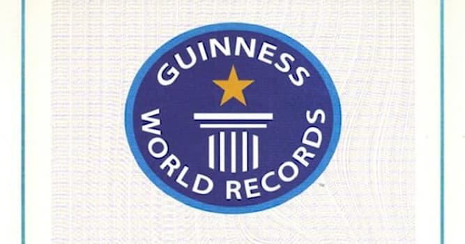 Наука Вопрос: Какой рекорд принадлежит известному американцу Чарльзу Осборну?