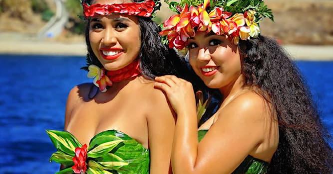 Общество Вопрос: О чём говорит гавайская женщина, когда прикрепляет к волосам цветок за правое ухо?