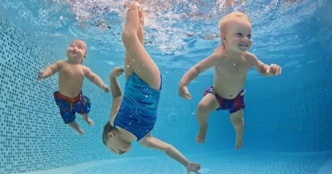 Спорт Вопрос: С чем сравнивали в Древней Греции неумение плавать?