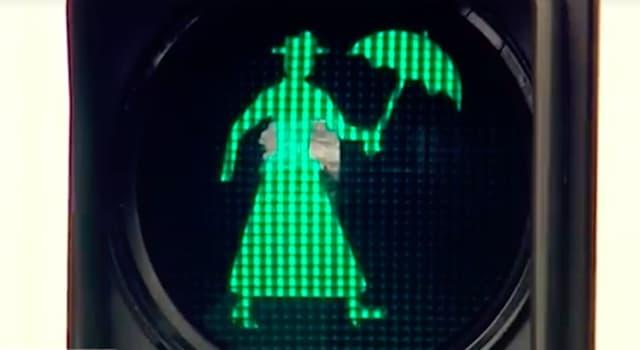 География Вопрос: В какой из стран мира в 2017 году установлен этот светофор с изображением Мэри Поппинс?