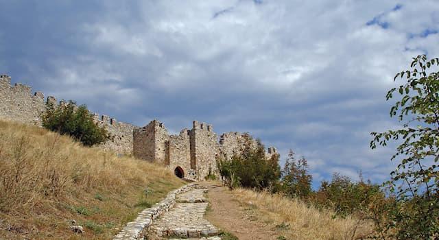География Вопрос: В какой стране находится древняя крепость Платамон?