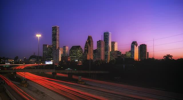География Вопрос: В какой стране находится город Хьюстон?