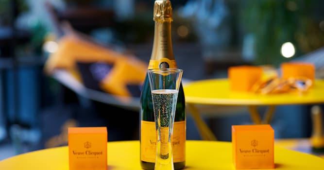 """Общество Вопрос: В каком городе находится всемирно известная компания-производитель шампанских вин """"Вдова Клико""""?"""