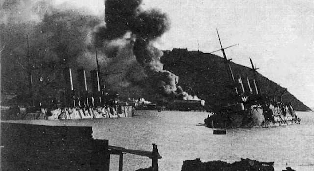 История Вопрос: Во время какой войны происходила оборона Порт-Артура?