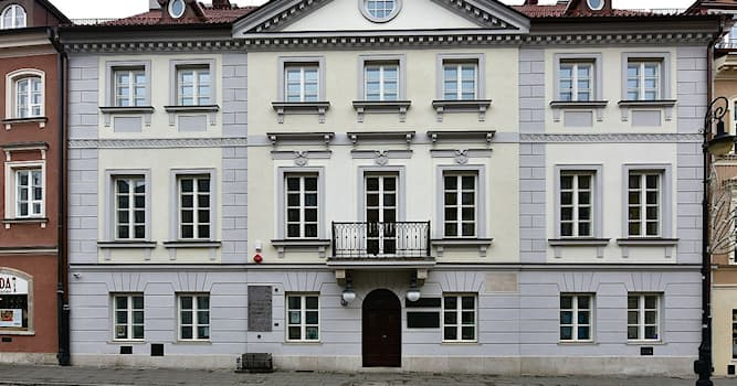 Culture Trivia Question: Where is the Maria Skłodowska-Curie Museum located?