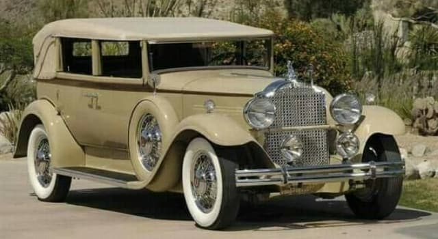 Culture Trivia Question: Which 1931 Packard automobile model is pictured below?