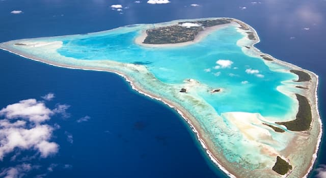 Geography Trivia Question: Which island country is Aitutaki part of?