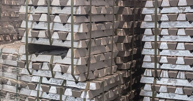 Science Trivia Question: Which number is aluminum on the periodic table?
