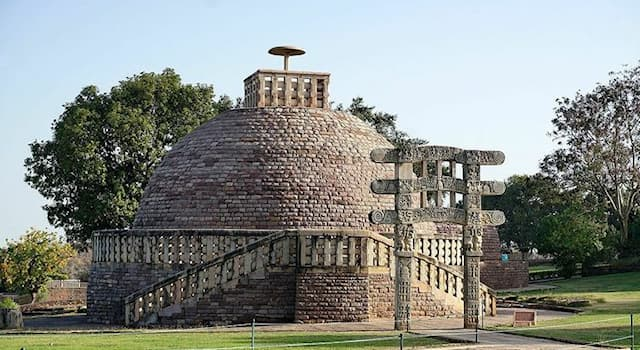 History Trivia Question: Which of the following is the oldest Buddhist monument structure in India?