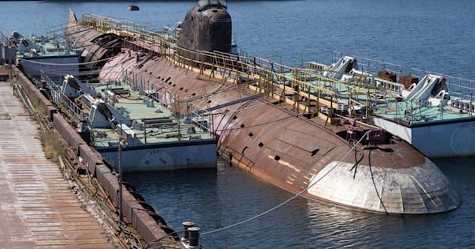 История Вопрос: Какая подводная лодка была первой атомной в СССР?
