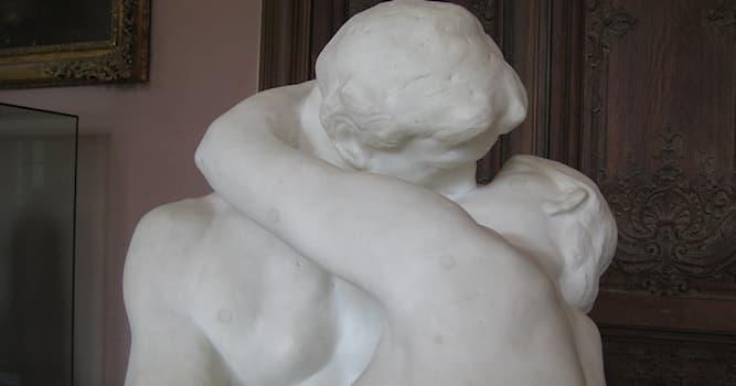 """Культура Вопрос: Кем была создана известная мраморная скульптура """"Поцелуй""""?"""