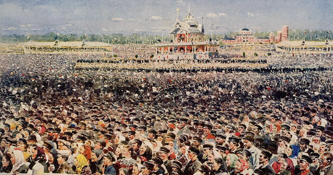 Культура Вопрос: Кто из перечисленных русских художников-передвижников был автором картины «Ходынка», написанной в 1897 году?