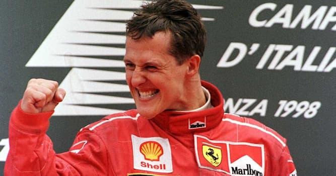 Спорт Вопрос: Сколько чемпионских титулов подряд получил немецкий автогонщик «Формулы-1» Михаэль Шумахер?