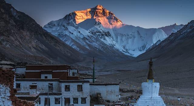География Вопрос: В какой из стран находится этот самый высокогорный монастырь в мире, называемый Ронгбук?