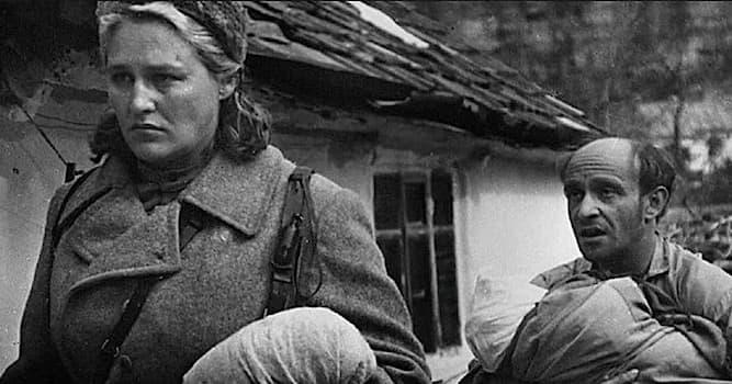 Кино Вопрос: В каком году состоялась премьера фильма режиссёра А. Аскольдова «Комиссар», снятого в 1967 году?
