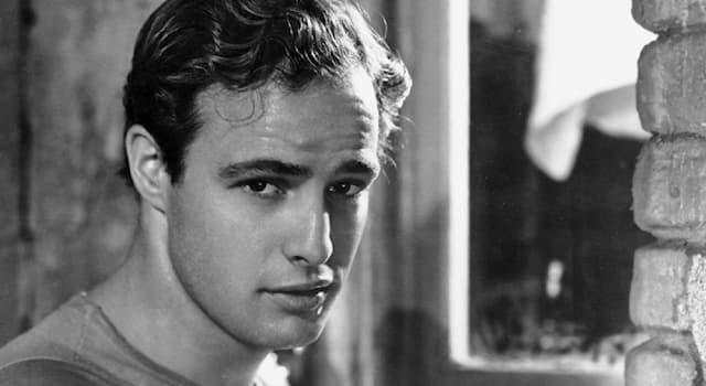 Кино Вопрос: За участие в каком фильме американскийактёрМ. Брандо отказался от премии «Оскар» за лучшую мужскую роль?