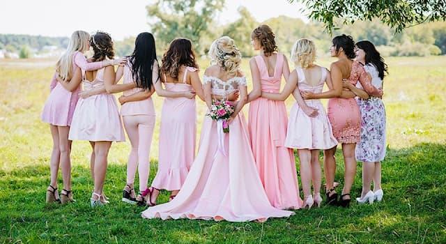 Общество Вопрос: Зачем, согласно свадебной примете, подружки невесты ловят букет на свадьбе?